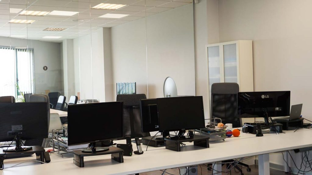 The implementation of teleworking will not lead to the closure of the Teo and Madrid offices